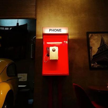 Public Telephone 005 - Diego Edelstein